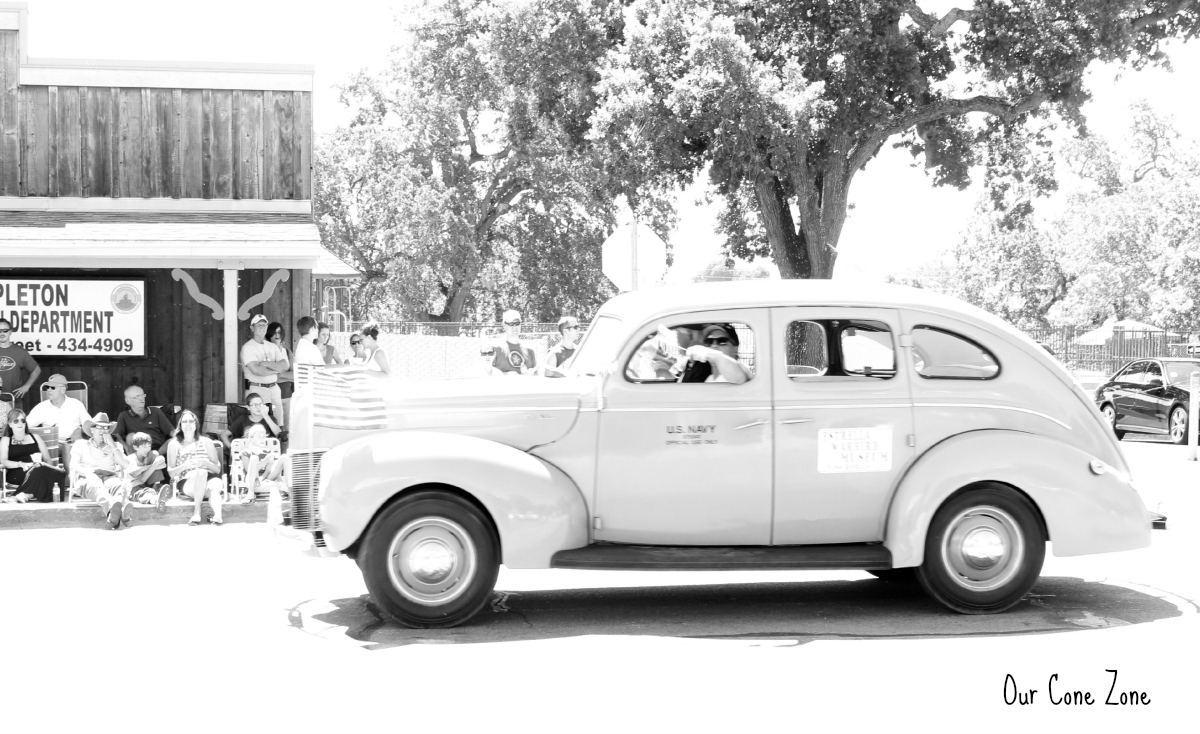 Old Black and White car