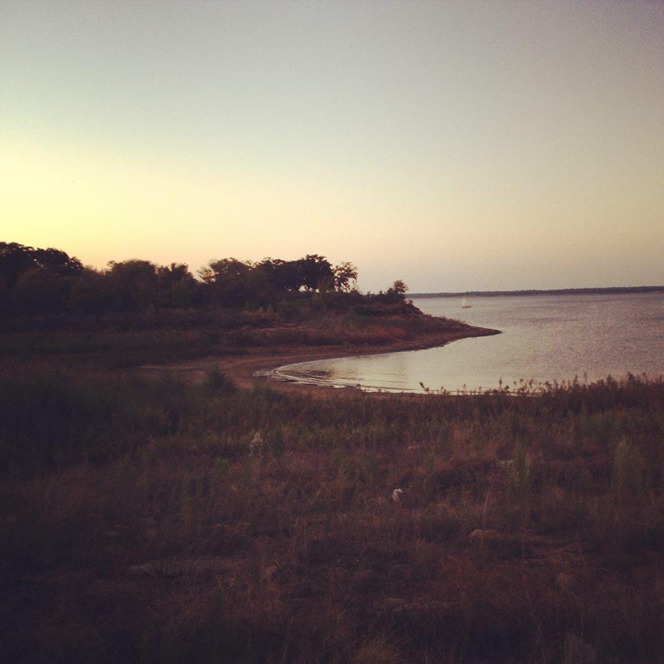 Grapevine Lake tide
