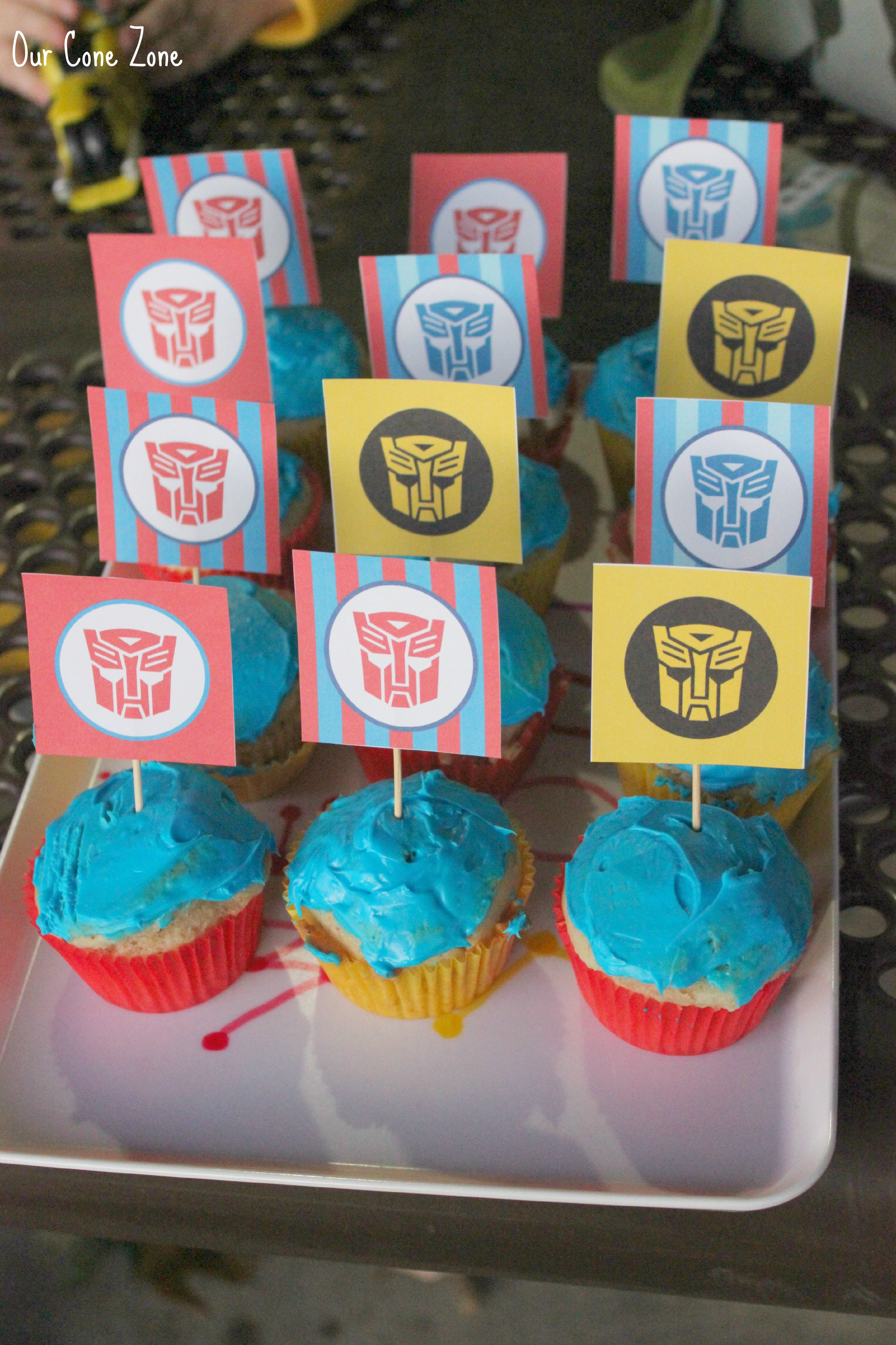 Transformers Party cupcakes close
