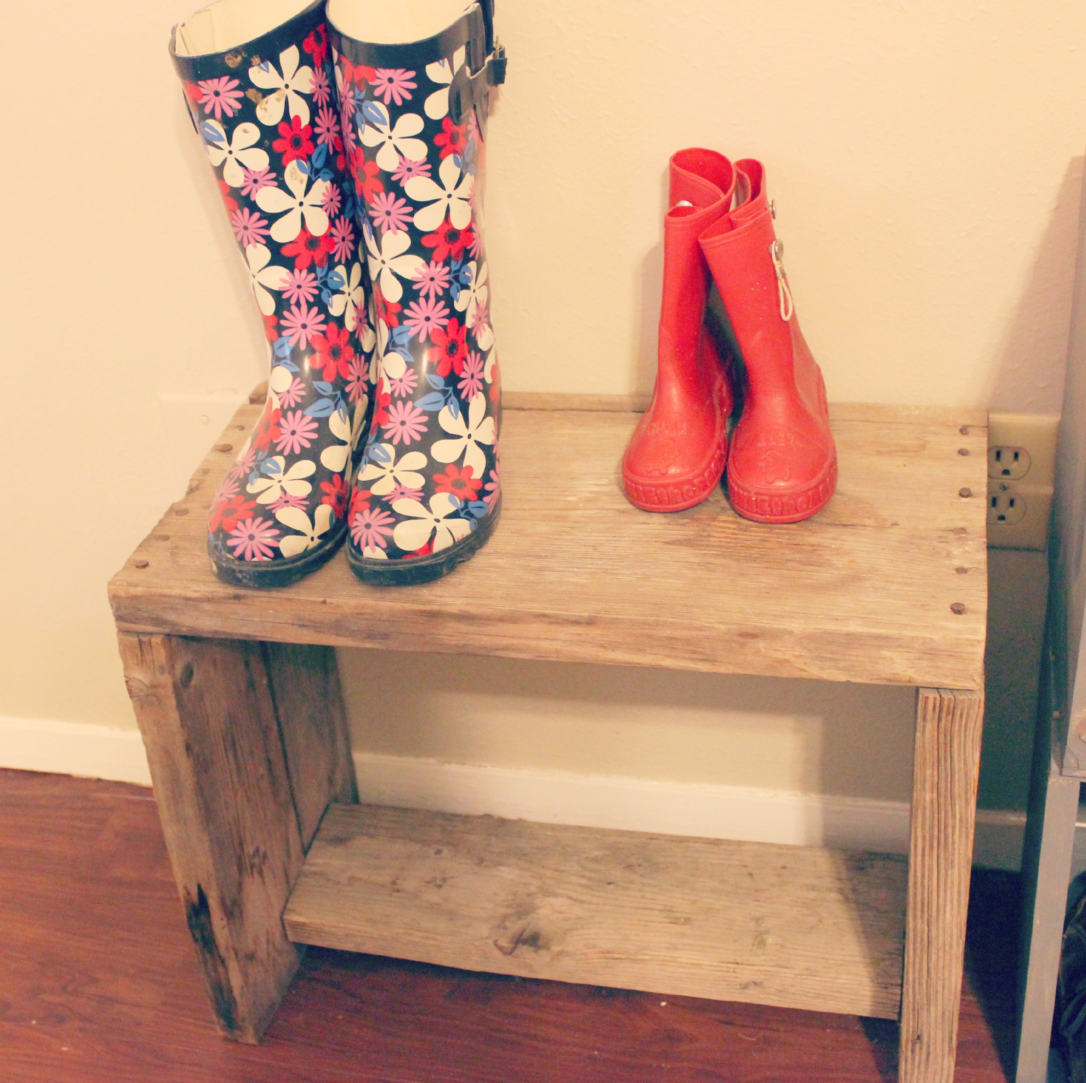 Rustic shoe bench