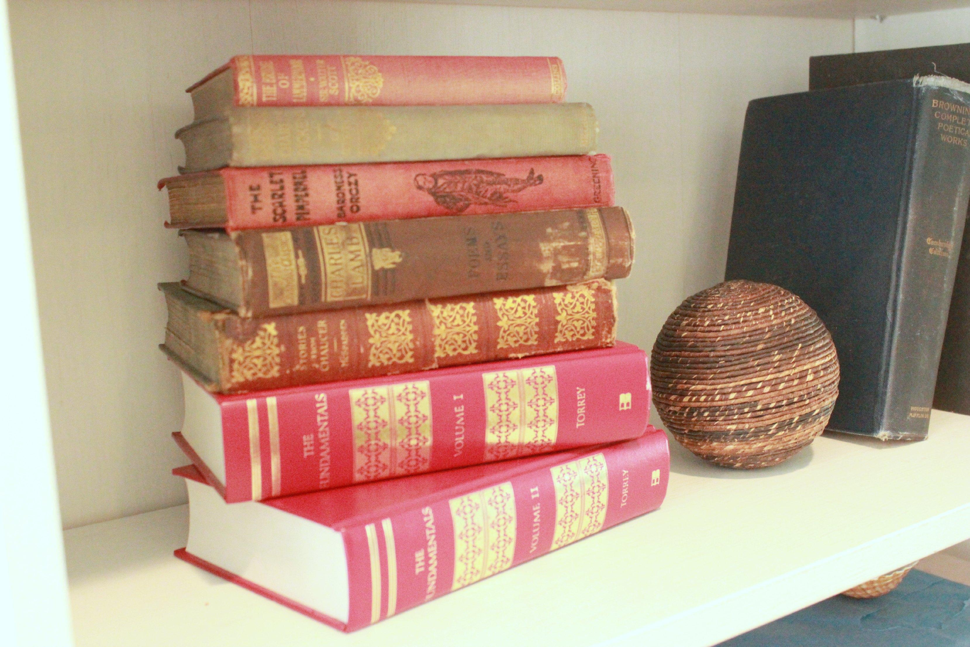 Cottage Bookshelves 3
