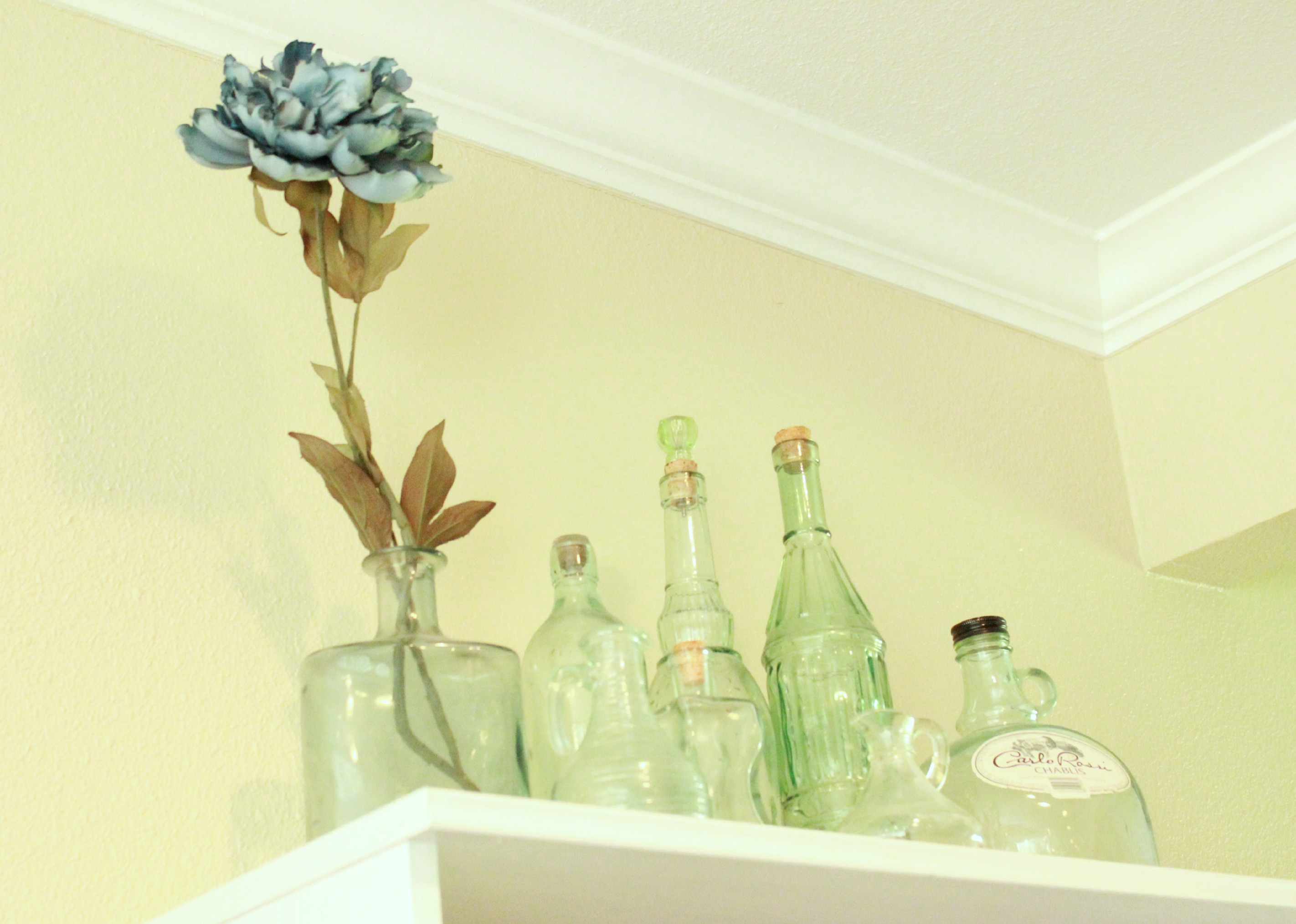 Cottage Bookshelves Jars